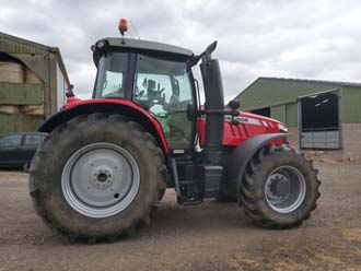 2 MF tractor (4).jpg
